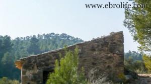 Finca en Arens de Lledó en oferta con masía por 43.000€