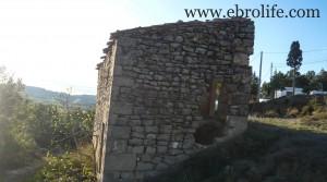 Se vende Masía de piedra en Maella con masía por 18.000€