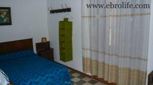 Casa de piedra en Mazaleón en oferta con electricidad por