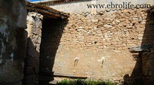 Detalle de Construcción ganadera en Maella con casa por 89.000€