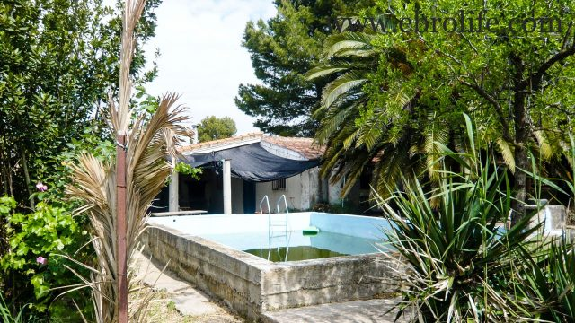Torre con piscina en Caspe