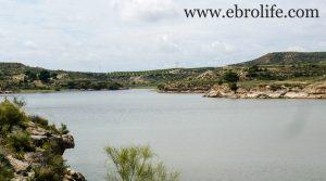 Se vende Torre con piscina en Caspe con almacén