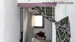 Se vende Casa en el casco antiguo de Calaceite con bodega por 30.000€