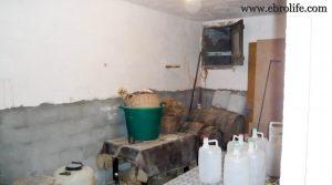 Casa antigua en Fabara en oferta con agua