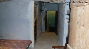 Casa antigua en Fabara para vender con electricidad por 29.900€