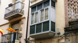 Detalle de Antigua casa en el centro de Maella con bodega por 53.000€