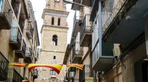 Se vende Antigua casa en el centro de Maella con bodega por 53.000€