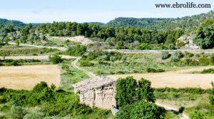 Masía antigua en La Fresneda en venta con agua