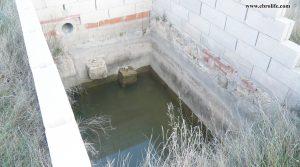 Detalle de Finca rústica cerca de Caspe con corral