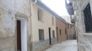 Casa rural en el centro de Calaceite en venta con terraza