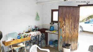 Detalle de Finca rústica en Caspe con olivos
