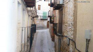 Casa en el casco antiguo de Valderrobres en venta con electricidad por 47.000€