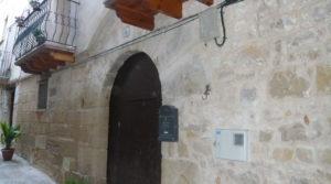 Casa del siglo XV en La Fresneda en oferta con electricidad