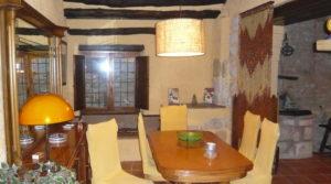 Detalle de Casa del siglo XV en La Fresneda con electricidad por 360.000€