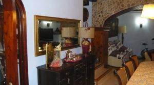 Foto de Casa del siglo XV en La Fresneda con electricidad por 360.000€