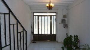 Vendemos Casa con patios abiertos en Maella con agua