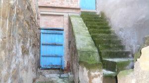 Casa con patios abiertos en Maella para vender con garaje por 66.000€
