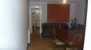 Foto de Casa con patios abiertos en Maella en venta con garaje por 66.000€