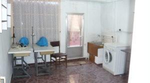 Casa con patios abiertos en Maella en venta con calefacción