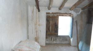 Vendemos Casa con patios abiertos en Maella con calefacción