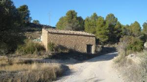 Detalle de Masía en Valdeltormo con buen acceso por 15.000€