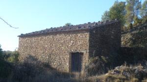 Foto de Masía en Valdeltormo con buen acceso por 15.000€