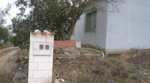 Vendemos Chalet en Caspe con barbacoa cubierta por 38.000€