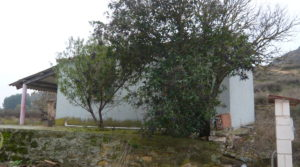 Detalle de Chalet en Caspe con barbacoa cubierta por 37.000€