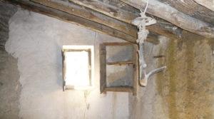 Olivar en Calaceite con masía típica tradicional en venta con buen acceso por 60.000€