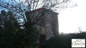 Detalle de Casa en Caspe con piscina excelente para vivir. con garaje