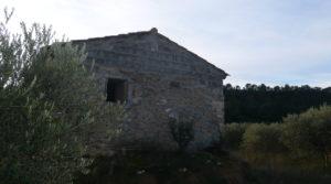 Finca de regadío en Caspe en venta con masías de piedra