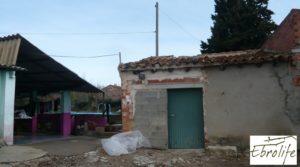 Casa de campo en Caspe con gran piscina para vender con cerca del centro