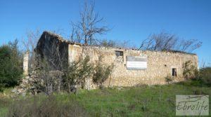 Foto de Venta-Posada antigua en La Fresneda con pozo