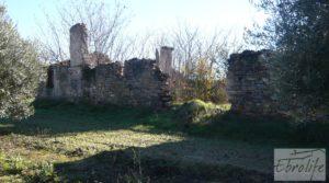 Venta-Posada antigua en La Fresneda para vender con pozo por 42.000€
