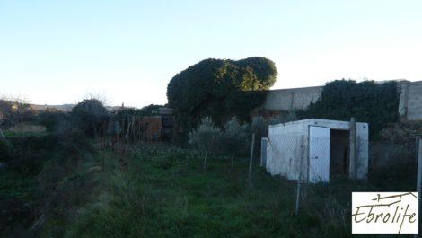 Huerto y Masía de dos plantas en Maella