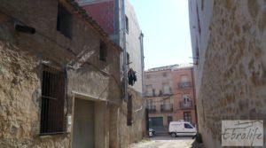 Parcela urbana en Maella, muy cerca del centro. a buen precio con garage por 39.000€