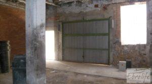 Foto de Parcela urbana en Maella, muy cerca del centro. en venta con garage
