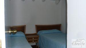 Foto de Casa de campo en Maella con finca de frutales y olivos en venta con olivos