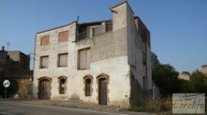 Excelente casa en Maella con garaje 🏠🚗 en venta con terraza por 85.000€