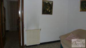 Casa de piedra en el centro de Batea en oferta con trastero por 75.000€