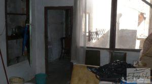 Casa de piedra en el centro de Batea en venta con garage por 75.000€