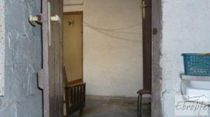 Casa de piedra en el centro de Batea para vender con garage por 75.000€