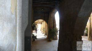 Foto de Casa de piedra en el centro de Batea con trastero por 75.000€