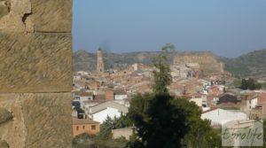 Foto de Masía de piedra en Maella para reformar. en venta con vistas privilegiadas