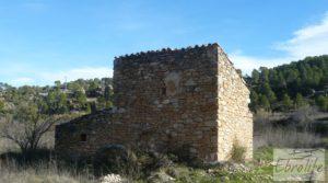 Huerta en Torre del Compte con muchas posibilidades. en venta con agua abundante de riego por 49.000€