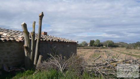 Mas en Caspe, en finca de regadío cultivable.