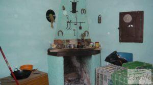 Olivar con masía rústica en Maella. para vender con olivar