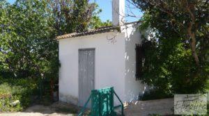 Torre con piscina privada y garaje en Caspe para vender con jardín