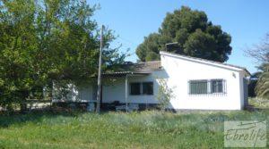 Vendemos Torre con piscina privada y garaje en Caspe con jardín por 250.000€