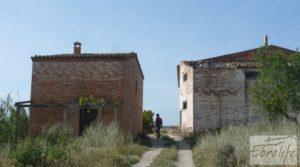 Chalet y Naves en Fabara. Buen acceso y estupendas vistas. para vender con buen acceso